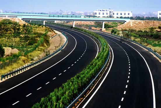 代办公路工程总承包资质怎样审批的?需要哪些设备?