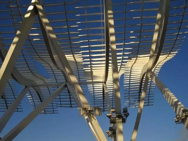 建筑企业申请承装修试电力资质有哪些注意事项?