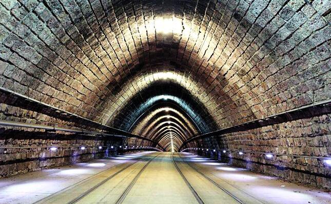 广西资质代办隧道工程专业承包资质三级需要多少钱?