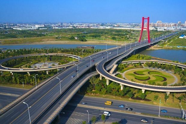 为什么很多人觉得公路工程资质办理困难呢?