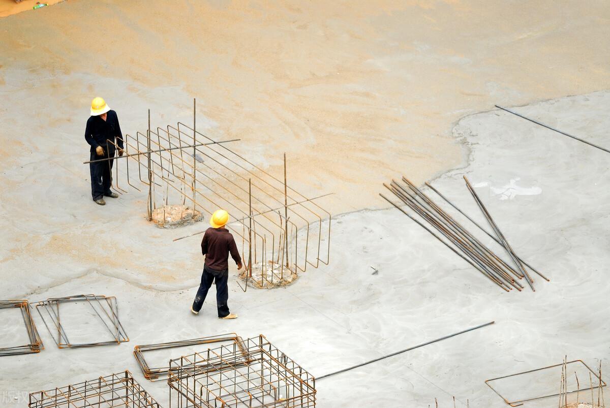 2021年建筑资质代办时,哪些情况会导致人员无效?